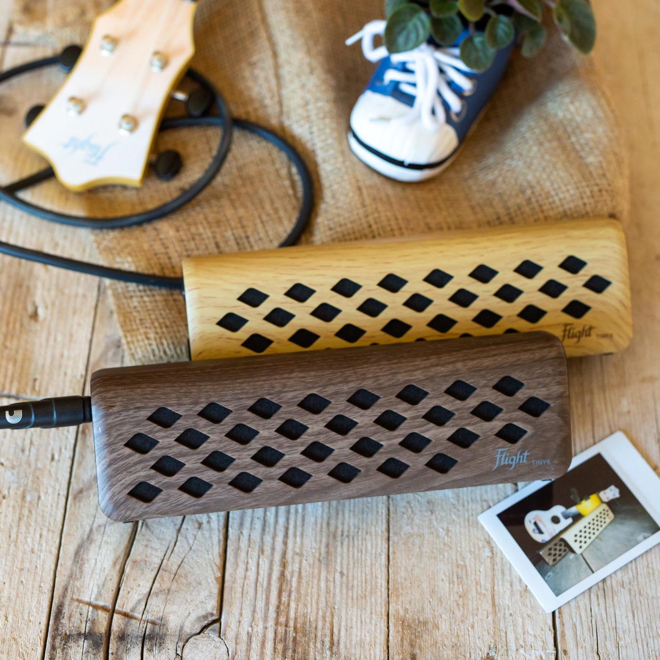 TINY6 Lifestyle Flight ukulele amplifier (18)